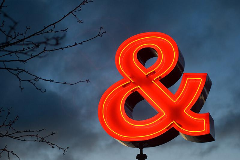 Ampersand estate sales estatesalesguide reviews for Ampersand chicago